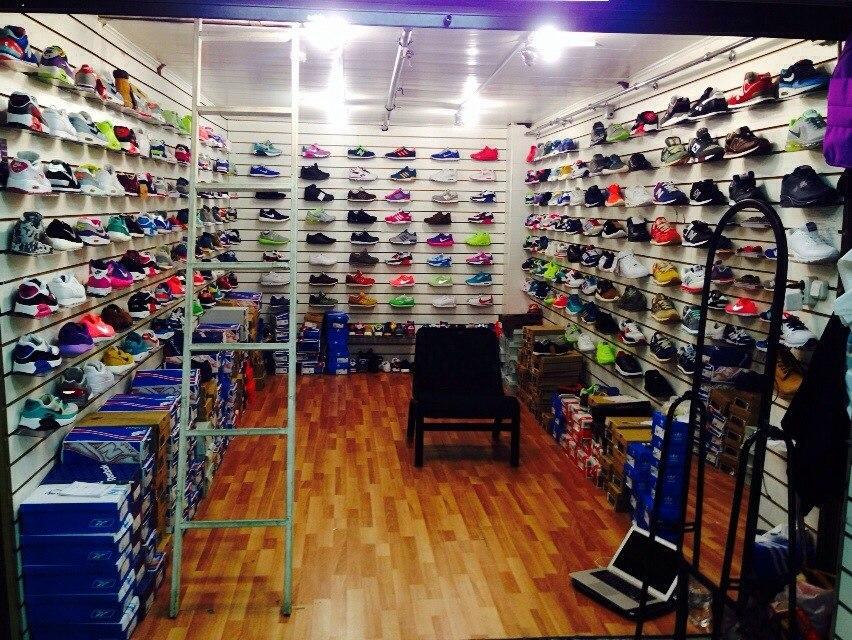 Продается магазин молодежной обуви