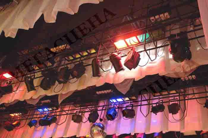 Театральное оборудование для зрительных залов.