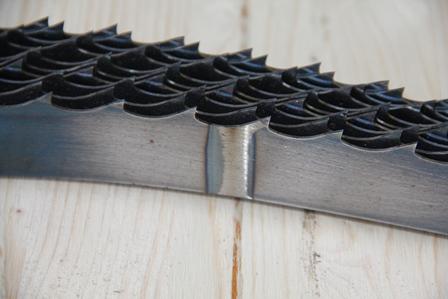 Производим столярные ленточные пилы с каленым зубом шириной от 12 до 40 мм