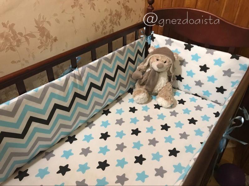 Бортики в детскую кроватку ручной работы