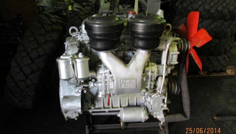 Двигатель ЯАЗ 204 с хранения