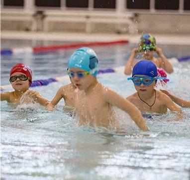 Бесплатное занятие в детской школе плавания Океаника на Тропарево.